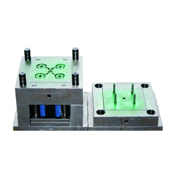 Injection mold to make plastic parts