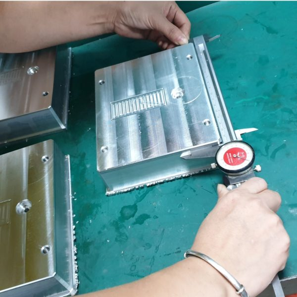 Quality control of CNC milling factory in China