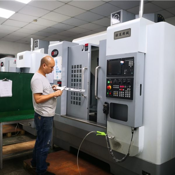 CNC milling with LV850 milling machine