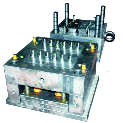 Plastic injection mold with 12 cavities