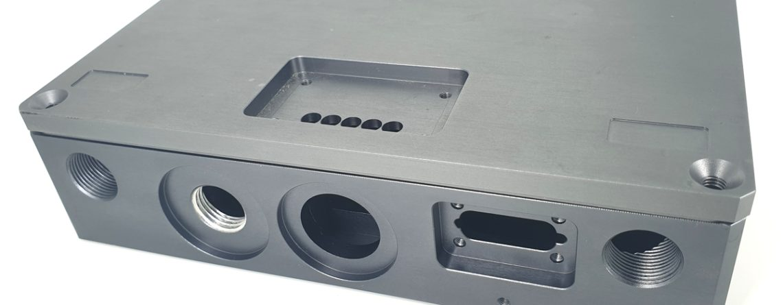 off-shore semi-rugged aluminum enclosure for electronic equipment